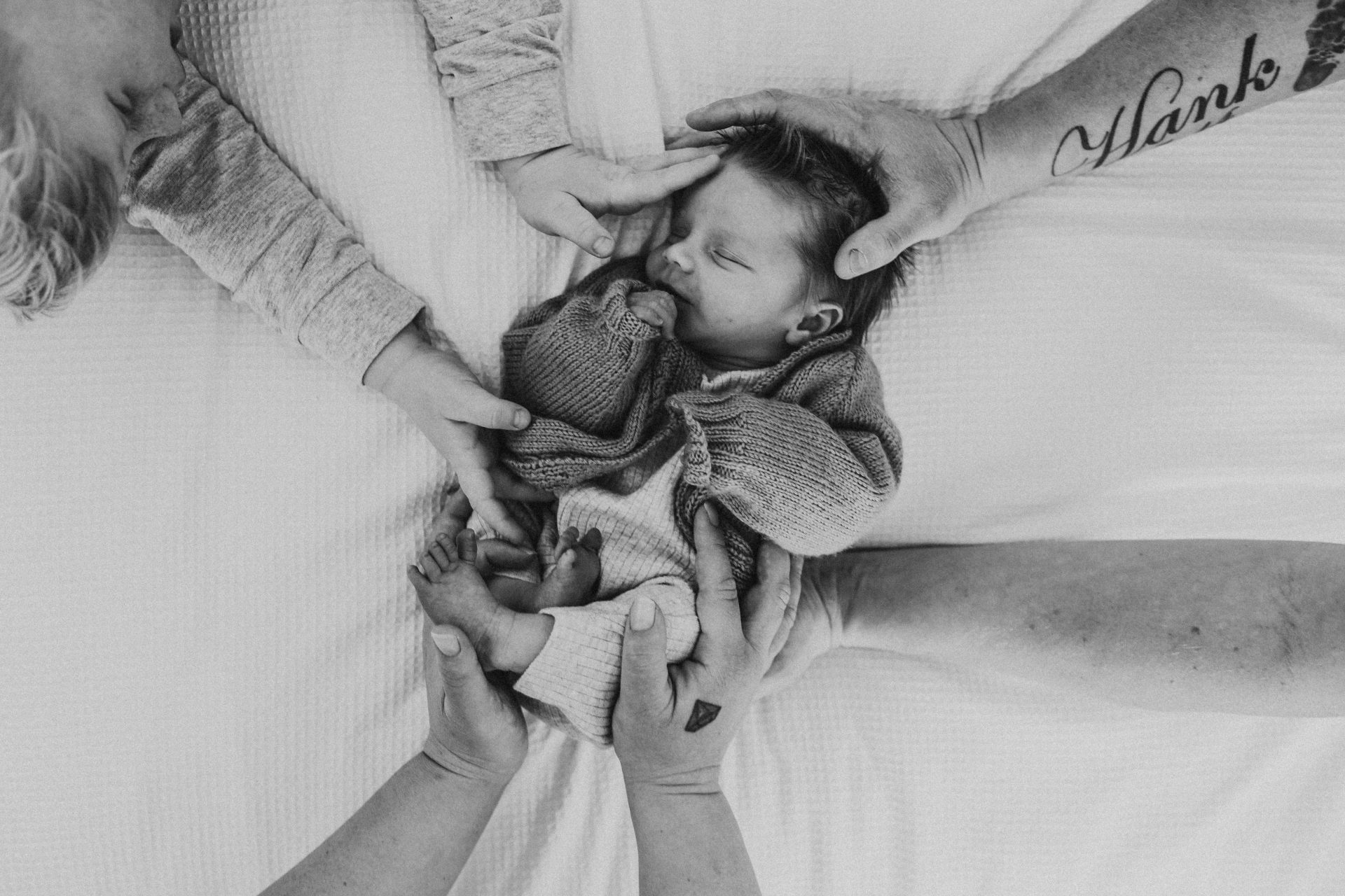 Newborn family photography session in Lake Macquarie